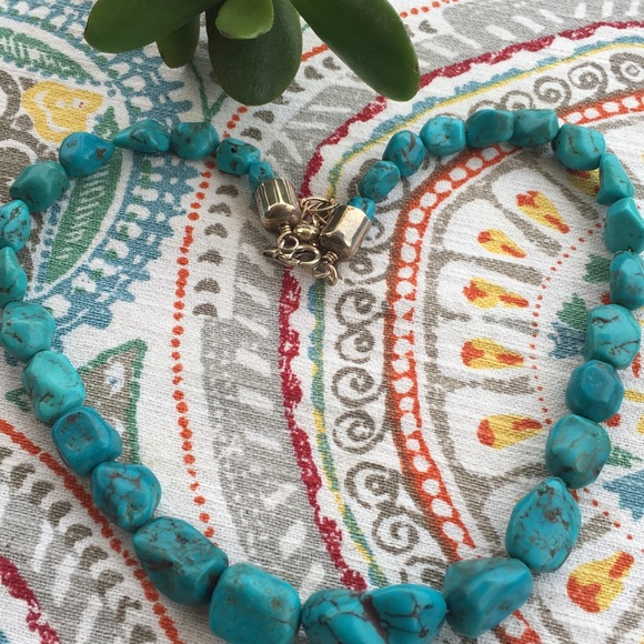 Anhui Turquoise Station Necklace and Earring Set